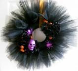 DIY: Spooky Halloween Wreath