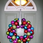 DIY: Shatterproof Ornament Wreath