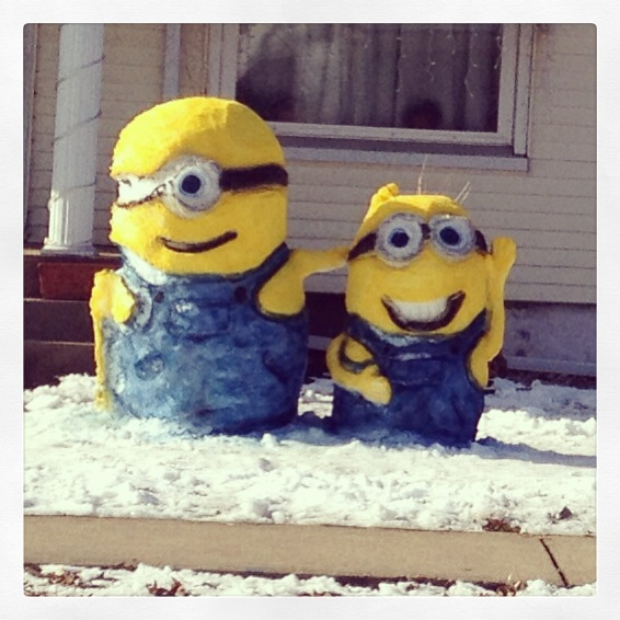 minion snow art
